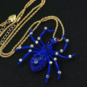 Just in! NWT Super-Cool Blue Spider Pendant &Chain